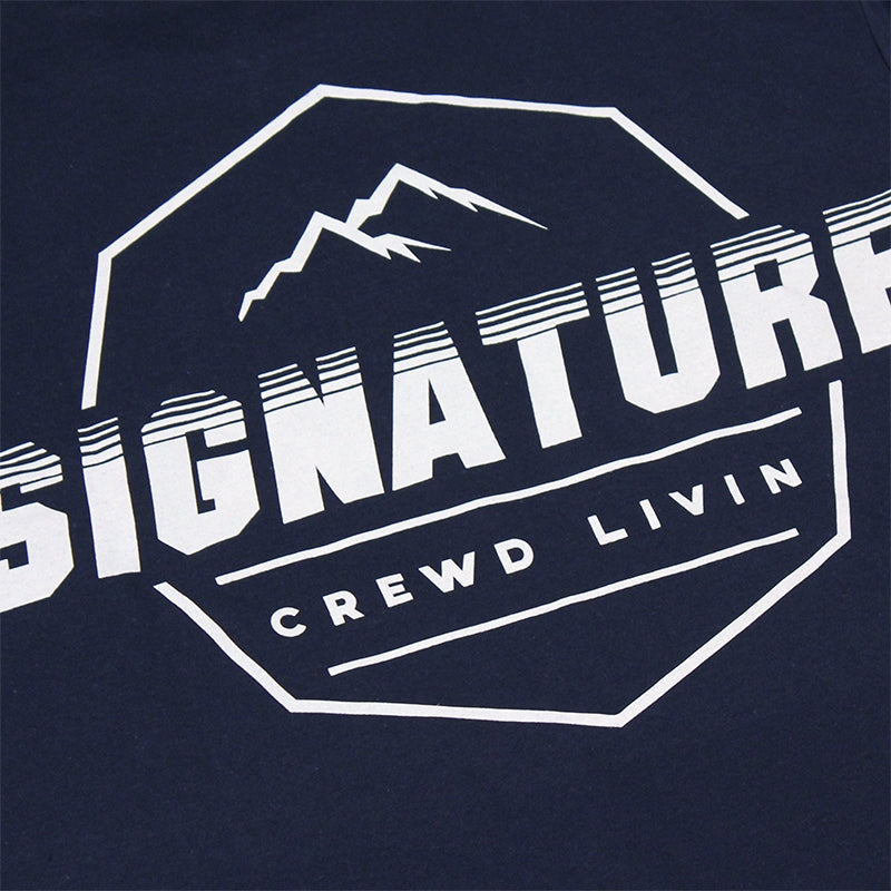 Signature Clothing Mach Peak Logo T Shirt in Navy