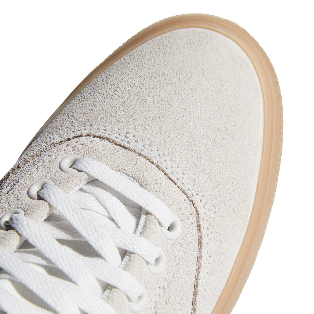 Adidas Skateboarding 3MC Shoes in Chalk White / Glory Green / Gum 4 - Toe