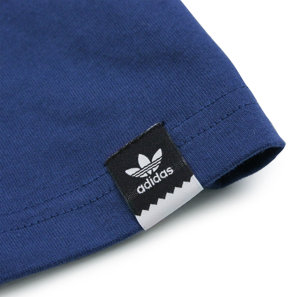 Adidas Skateboarding Adv Color Fill T Shirt in Oxford Blue - Label