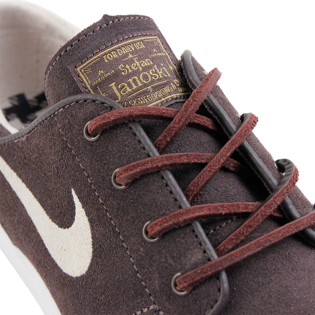 Nike SB Stefan Janoski OG Shoes in Cappuccino / Snowdrift - White - Metallic Gold - Detail