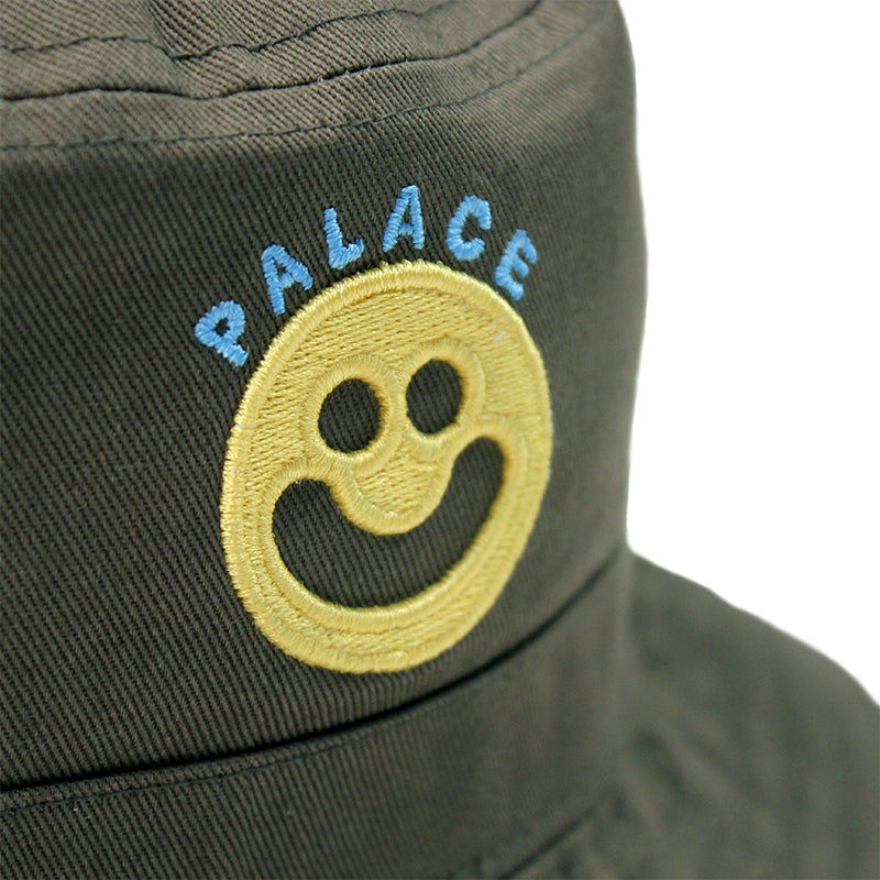 Palace Smiler Bucket Hat in Olive - Logo