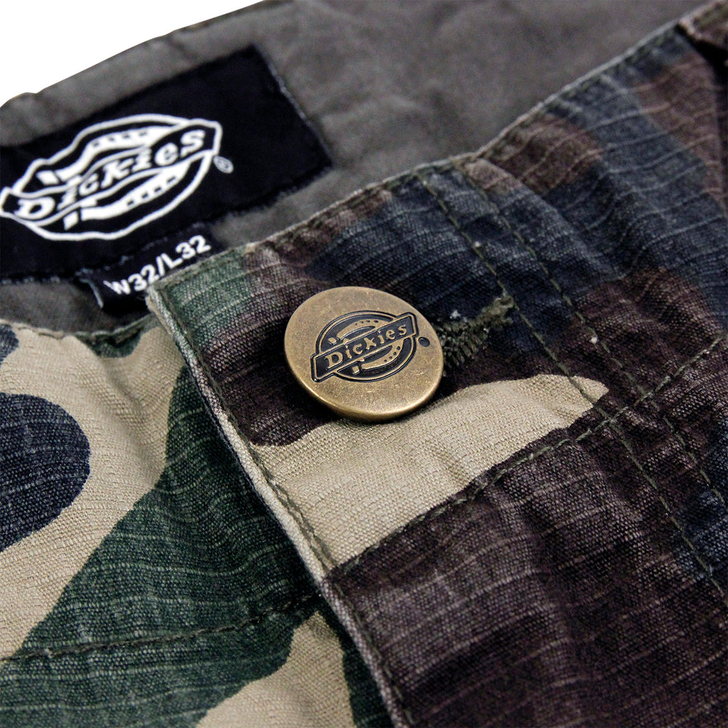 Dickies New York Pant in Camouflage - Button