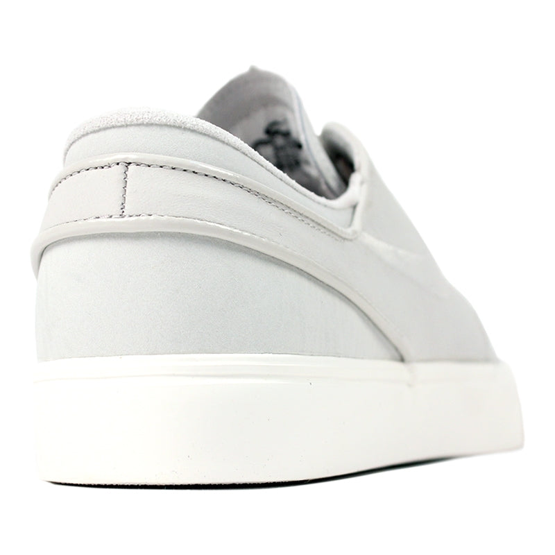 Nike SB Stefan Janoski PR SE Shoes in Light Bone / Light Bone / Sail - Heel