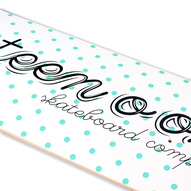 14:01 Skateboard Co Polka Dot Script Deck in White - Detail