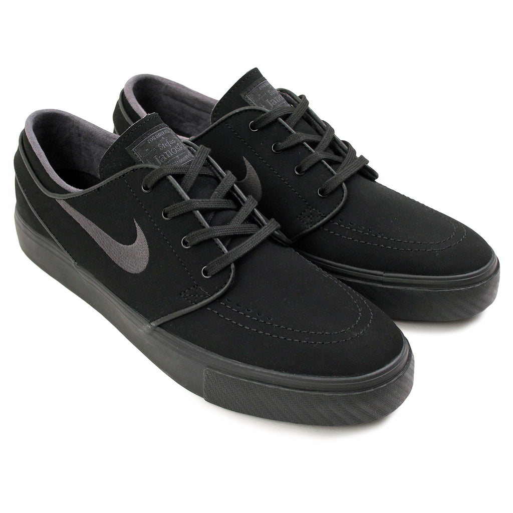 Nike SB Stefan Janoski Shoes in Black / Anthracite - Paired