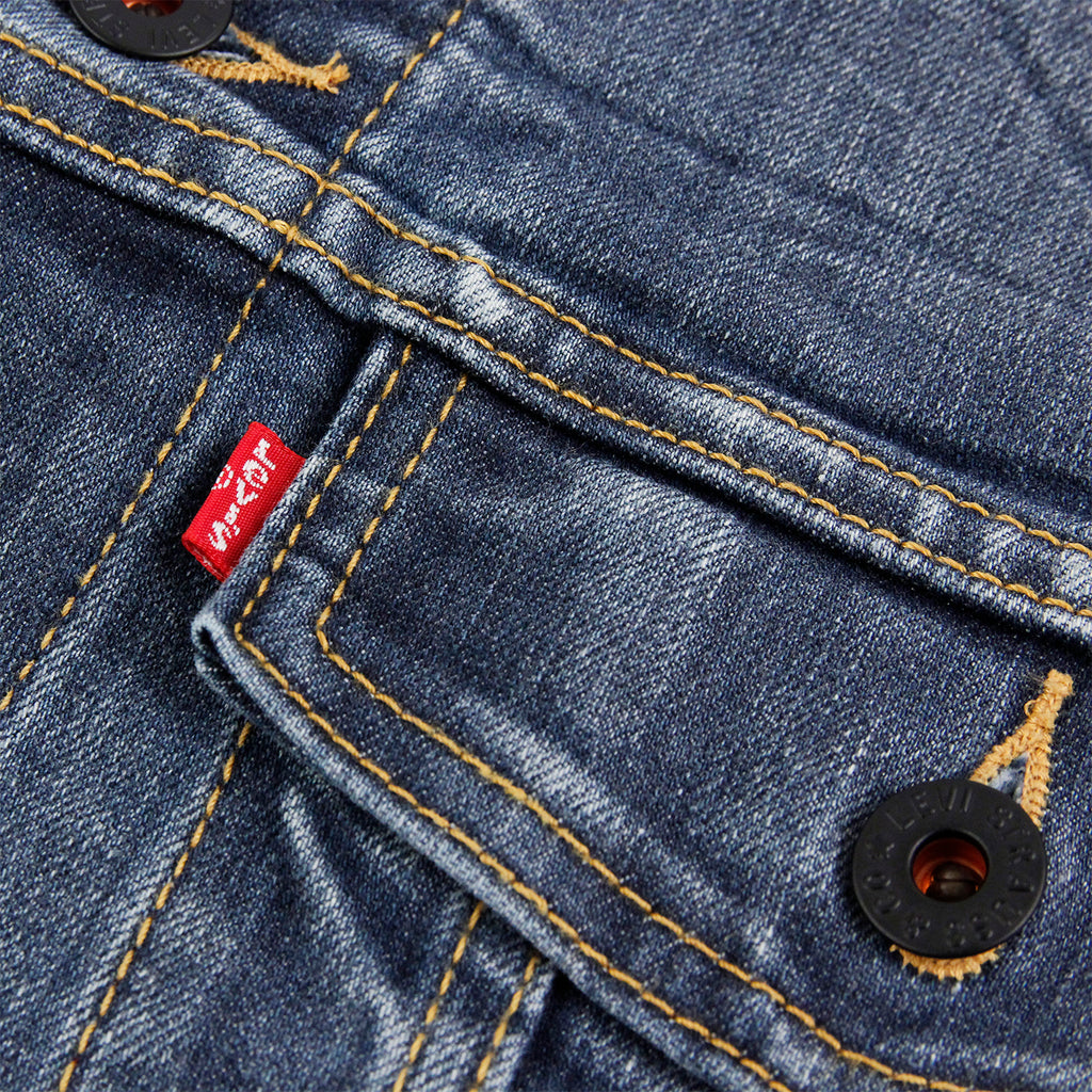 Levis Skateboarding Trucker Jacket in Battery - Label