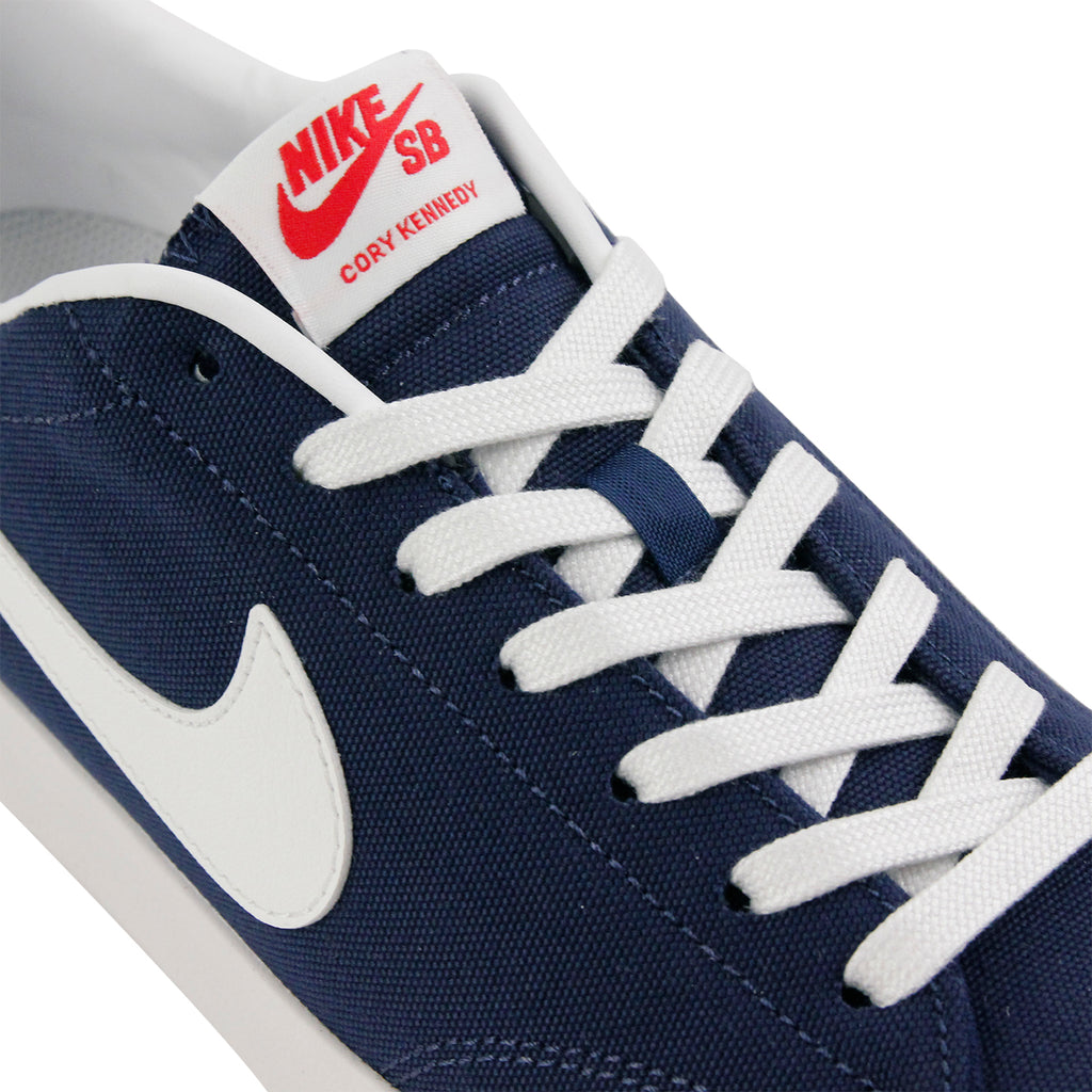 Nike SB Cory Kennedy Shoes in Midnight Navy / Summit White - Detail