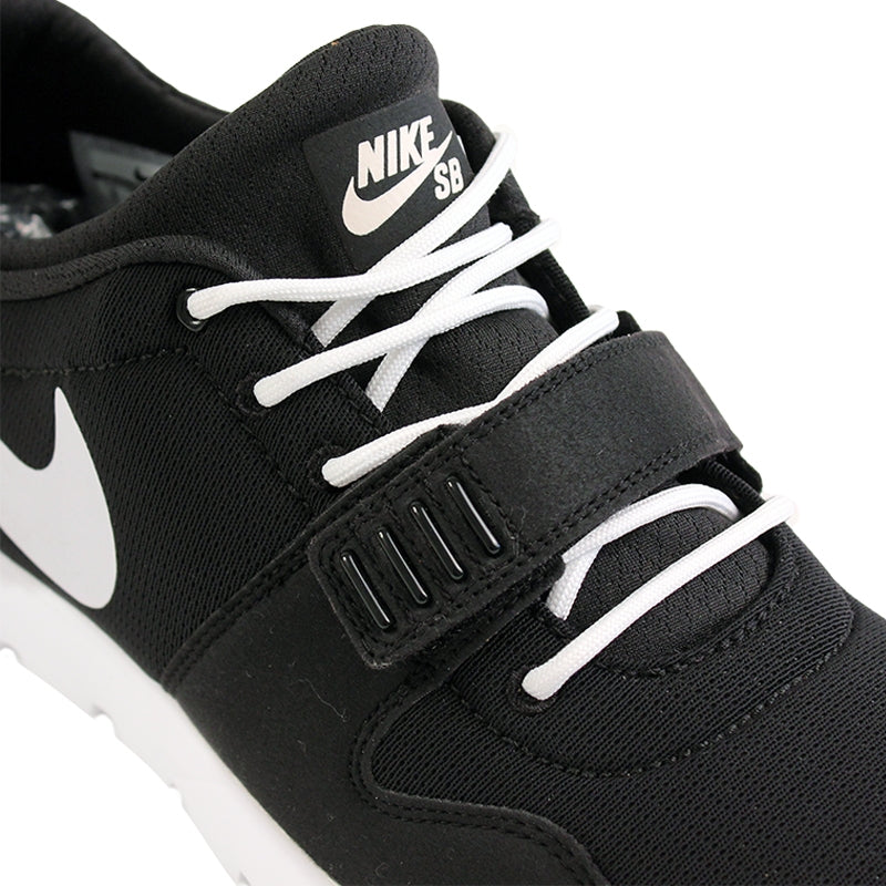 Nike SB Trainerendor SE Shoes in Black / White / Distinct Blue - Laces