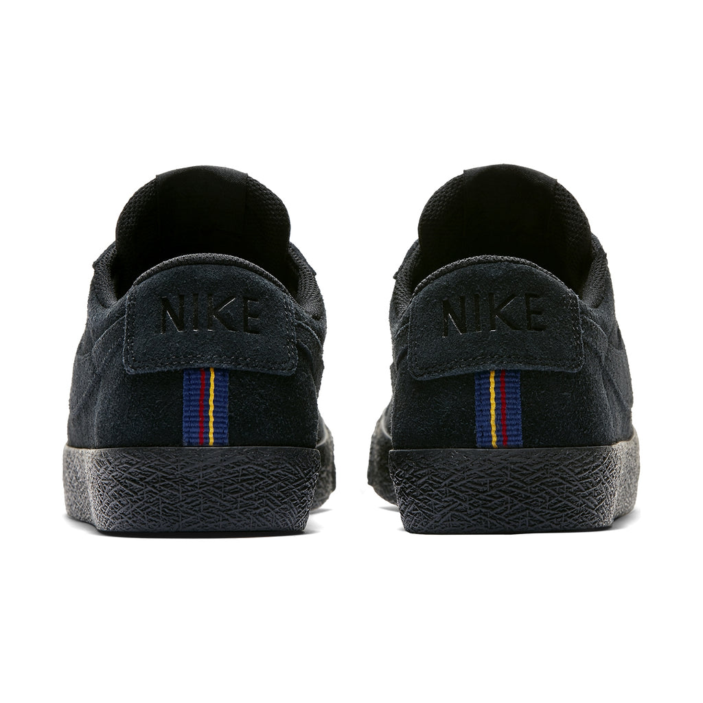 Nike SB Zoom Blazer Low Shoes in Black / Black - Gunsmoke - Heel