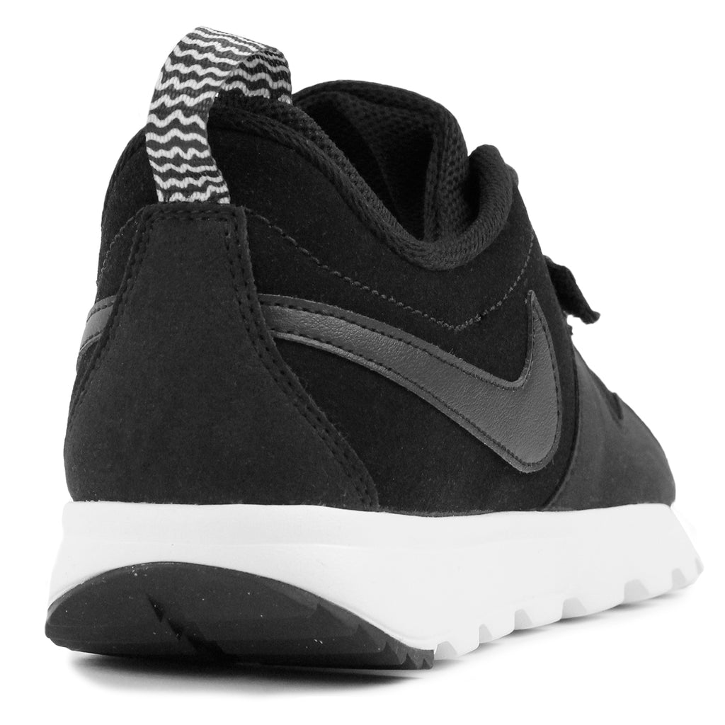 Nike SB Trainerendor L Shoes in Black / Black-White - Heel
