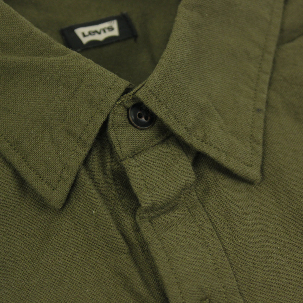 Levi's Skateboarding Collection Reform Shirt in Ivy Green - Collar