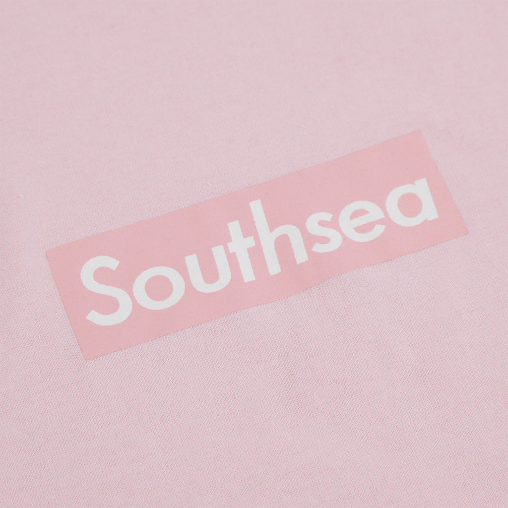 "Bored of Southsea ""Southsea"" T Shirt in Light Pink / Light Pink Box - Print"