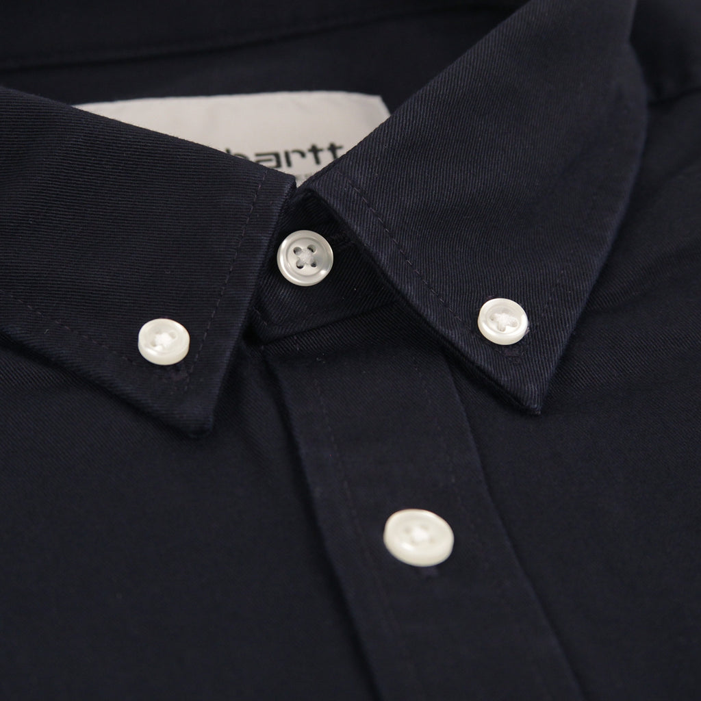 Carhartt L/S Madison Shirt in Dark Navy / Wax - Collar