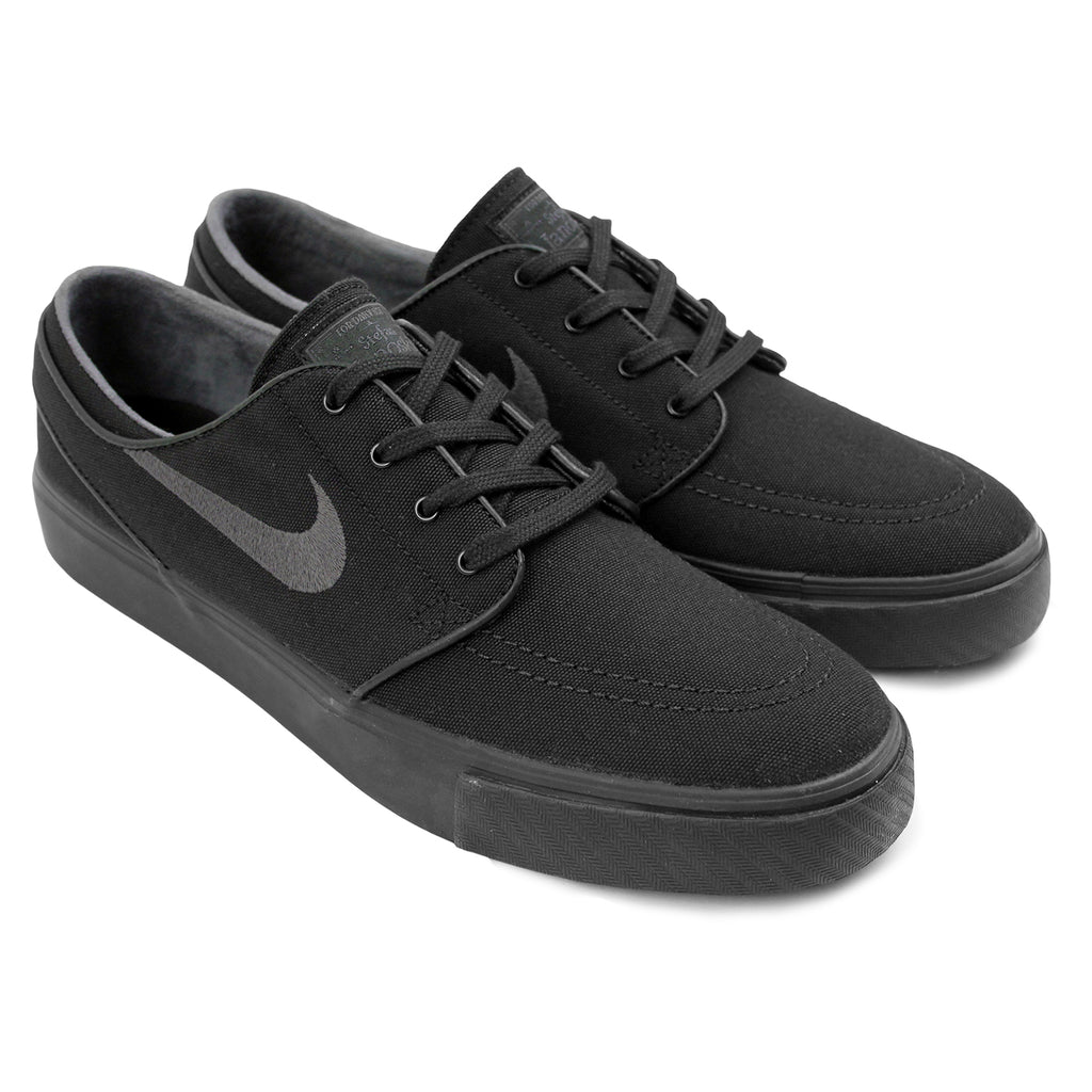 Nike SB Stefan Janoski Canvas Shoes in Black / Anthracite - Paired
