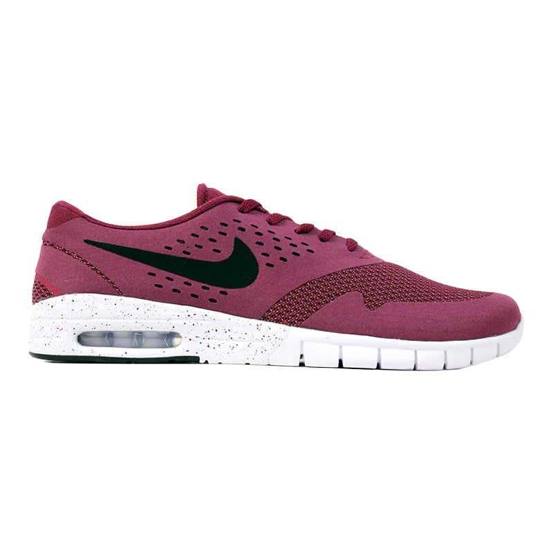 Nike SB Eric Koston 2 Max Shoes in Villain Red / Black / White