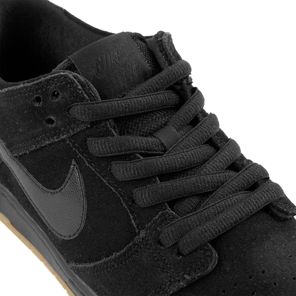 Nike SB Dunk Low Pro Ishod Wair Shoes in Black / Black-Gum Light Brown - Detail