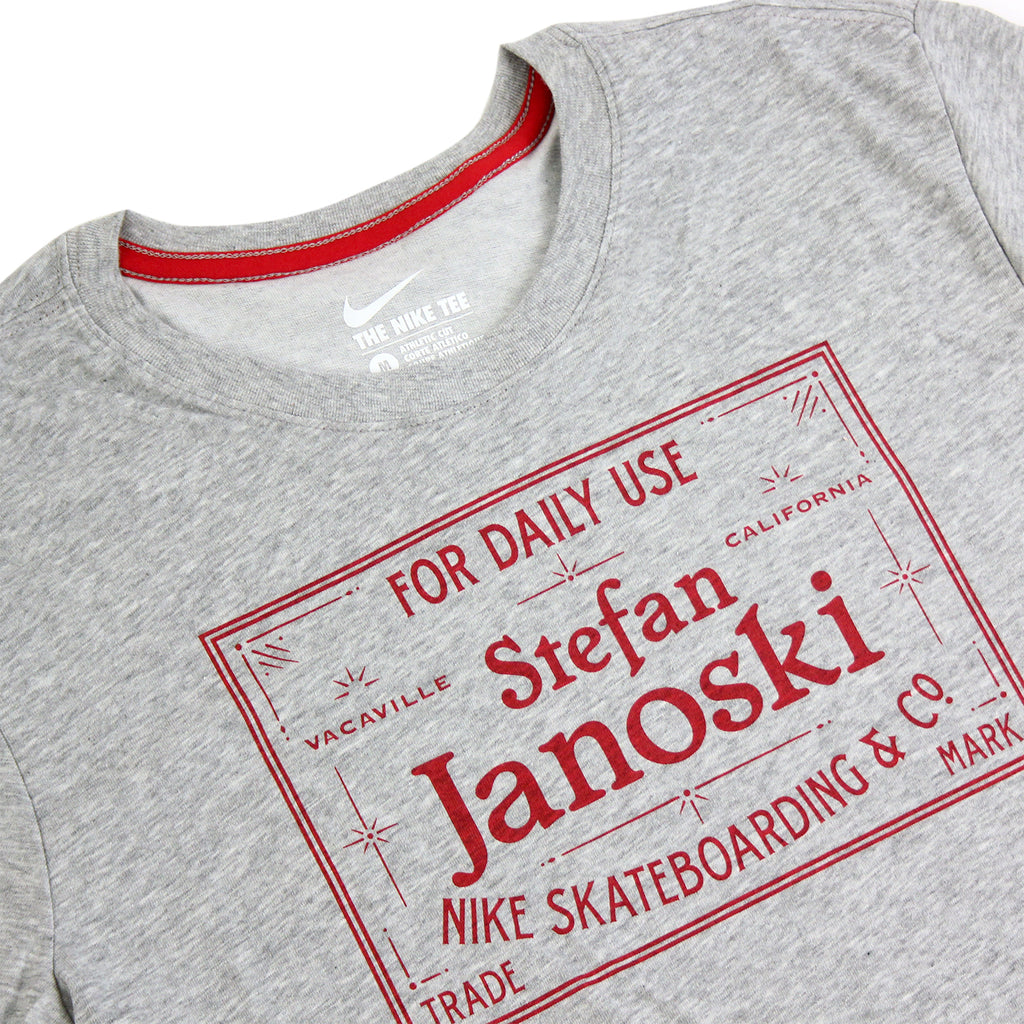 Nike SB Dri-Fit Janoski Label T Shirt in Dark Heather Grey / Gym Red - Detail