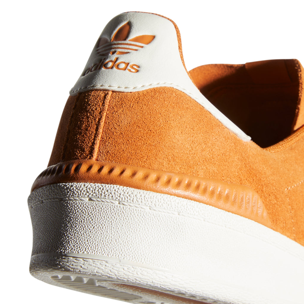 Adidas Campus ADV Shoes in Tech Copper / Chalk White / Gold Metallic - Heel