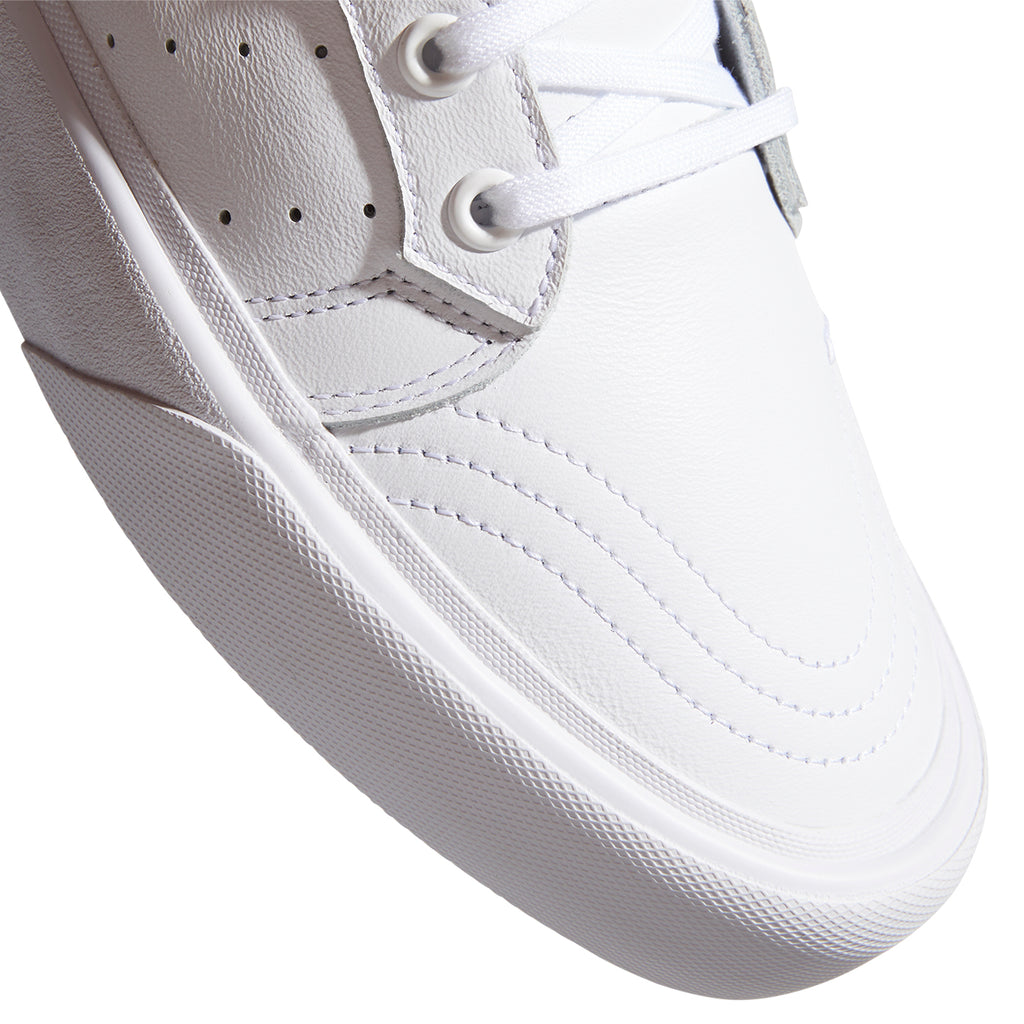 Adidas Skateboarding Coronado Shoes in Footwear White / Crystal White - Toe