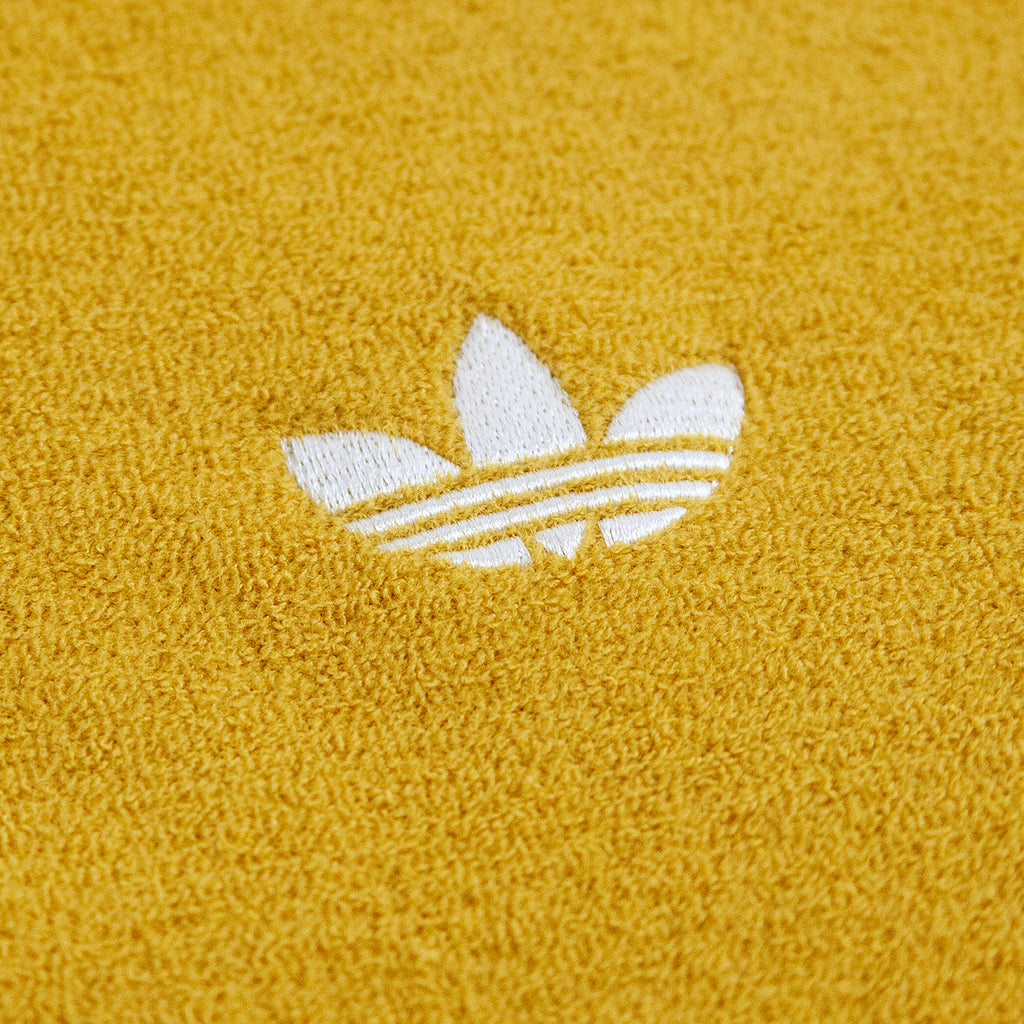 Adidas Skateboarding Bouclette Shirt in Spice Yellow / Off White - Embroidery