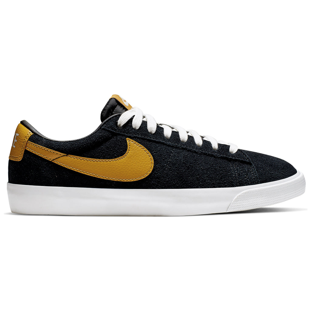 Nike SB Zoom Blazer Low GT Shoes in Black / Wheat - Summit White