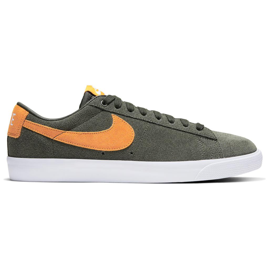Nike SB Zoom Blazer Low GT Shoes in Sequoia / Kumquat - White - Gum Light Brown