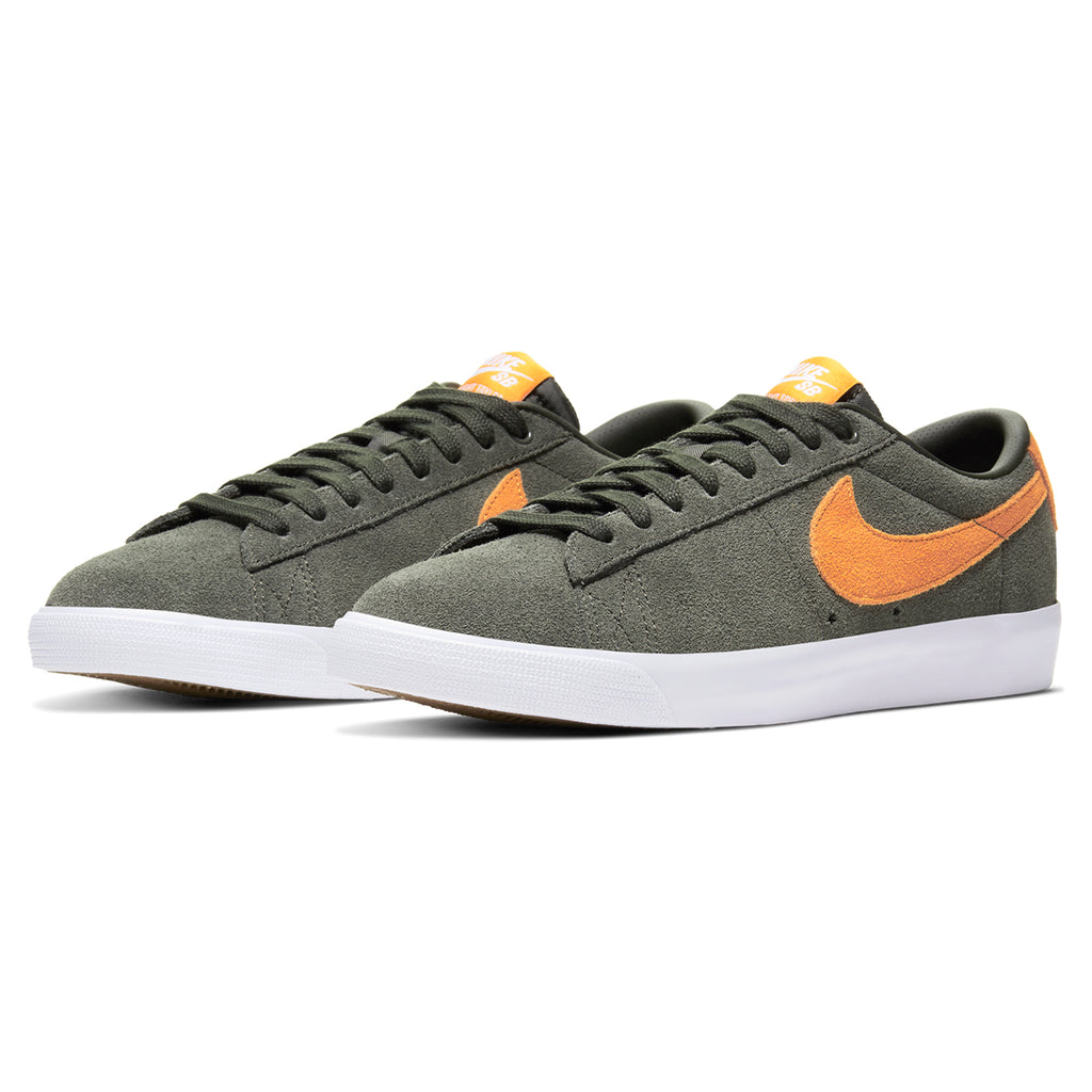 Nike SB Zoom Blazer Low GT Shoes in Sequoia / Kumquat - White - Gum Light Brown - Pair