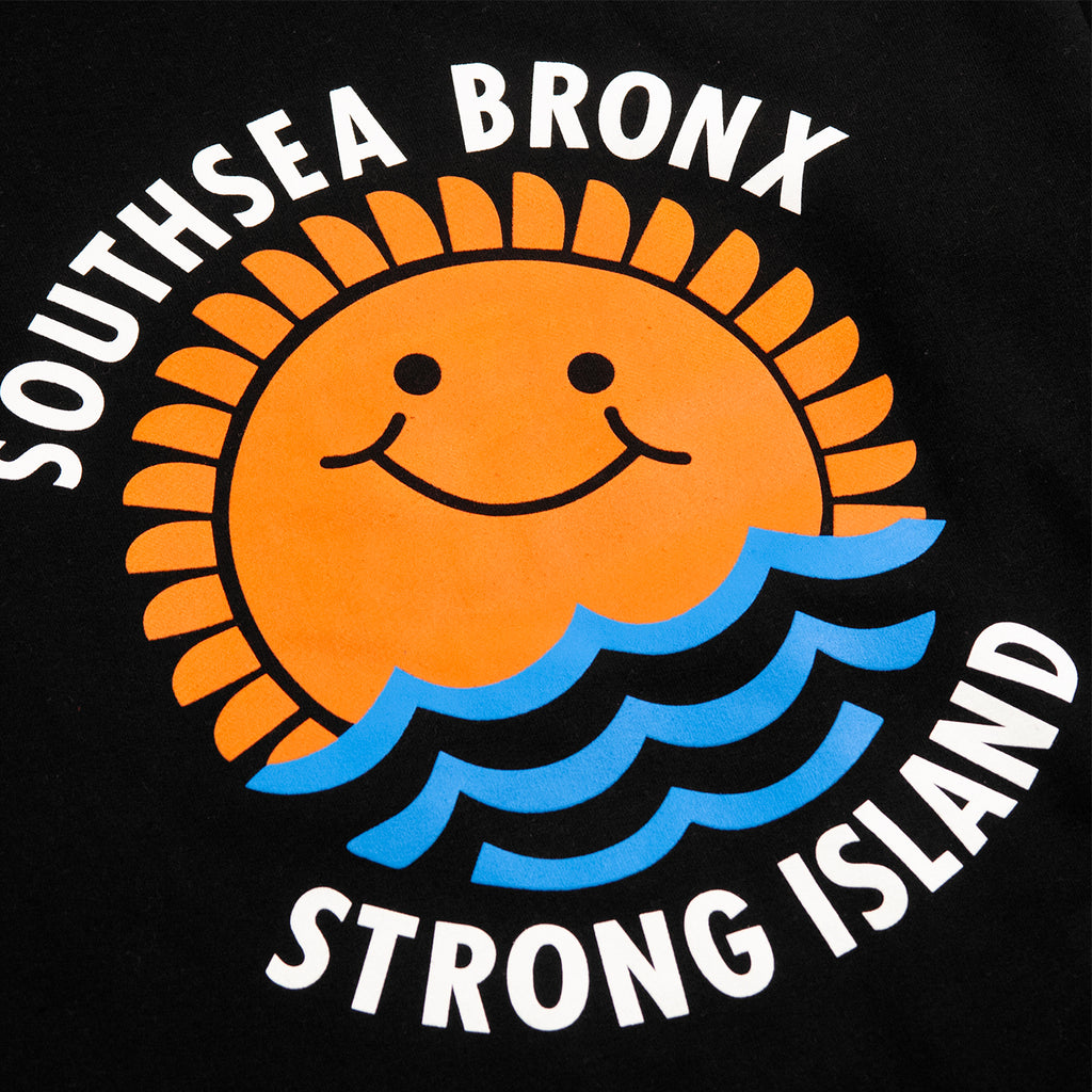 Southsea Bronx Waves Sweatshirt in Black - Print