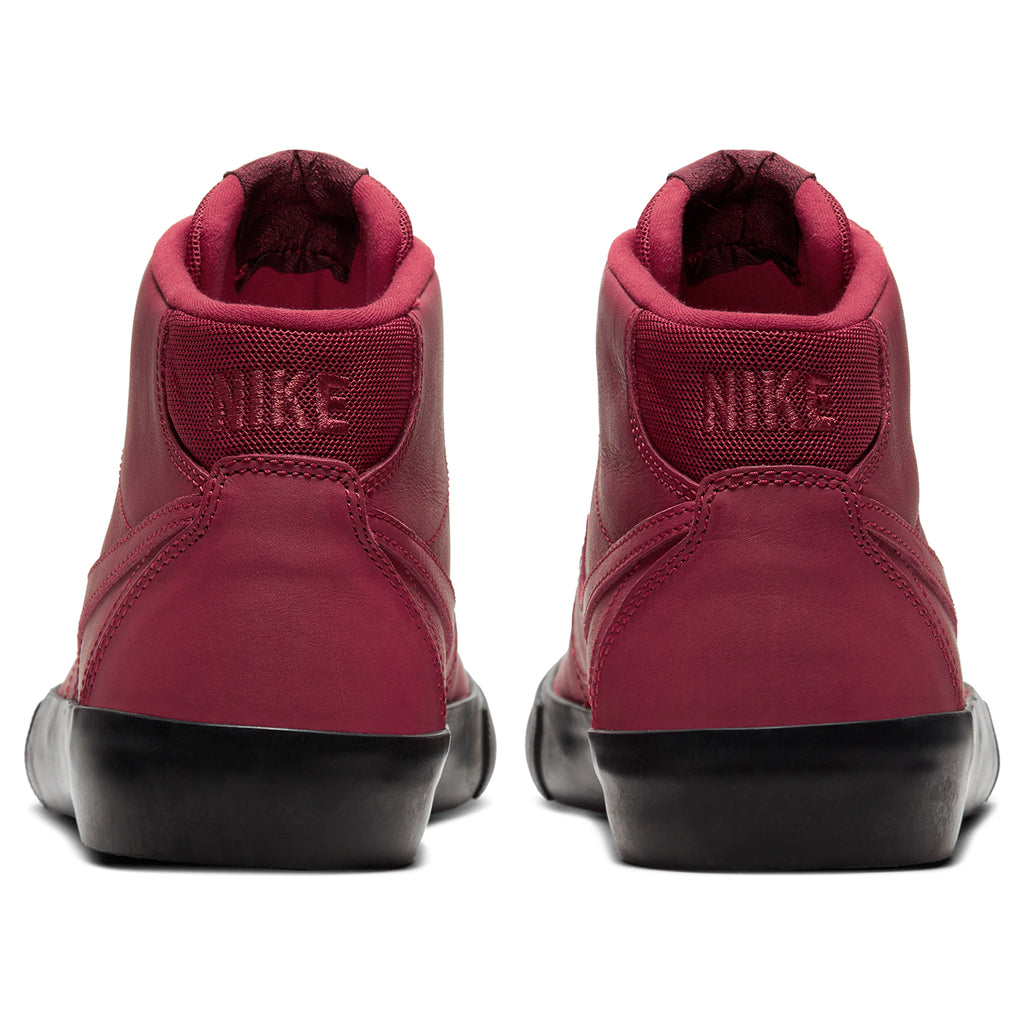 Nike SB Orange Label x Leo Baker Zoom Bruin Hi Shoes in Team Red / Night Maroon - Black - Heel