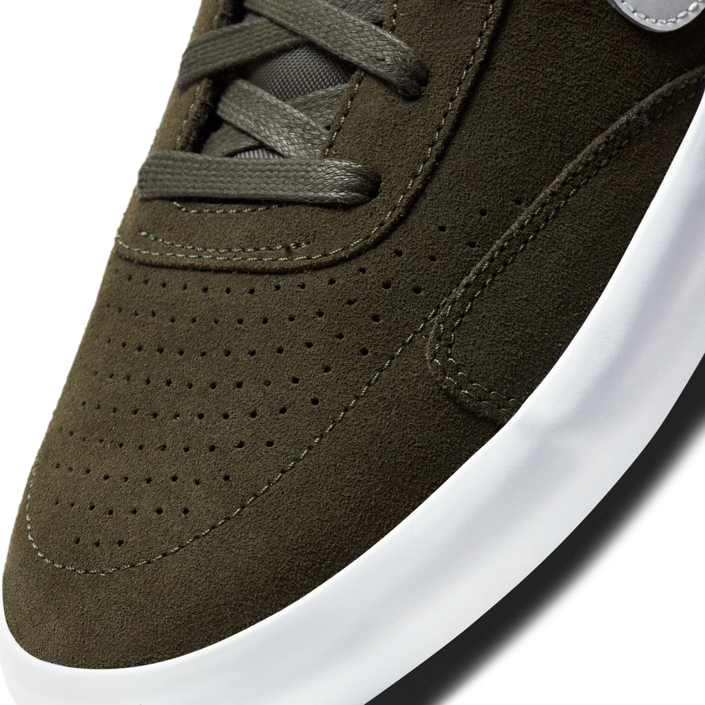Nike SB Heritage Vulc Premium Shoes in Cargo Khaki / Medium Grey - Spiral Sage - Toe