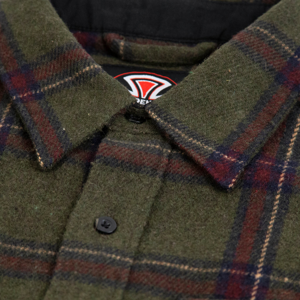 Independent Trucks Chainsaw Shirt in Military Plaid - Collar