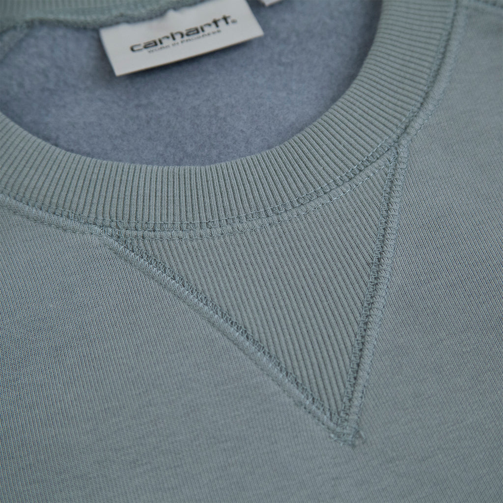 Carhartt WIP Chase Sweatshirt in Cloudy / Gold - Collar