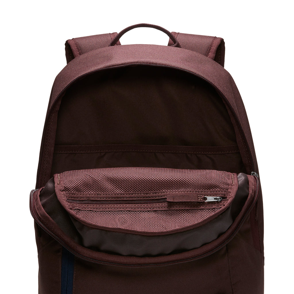 Nike SB Courthouse Backpack in Mahogany / Obsidian / White - Open