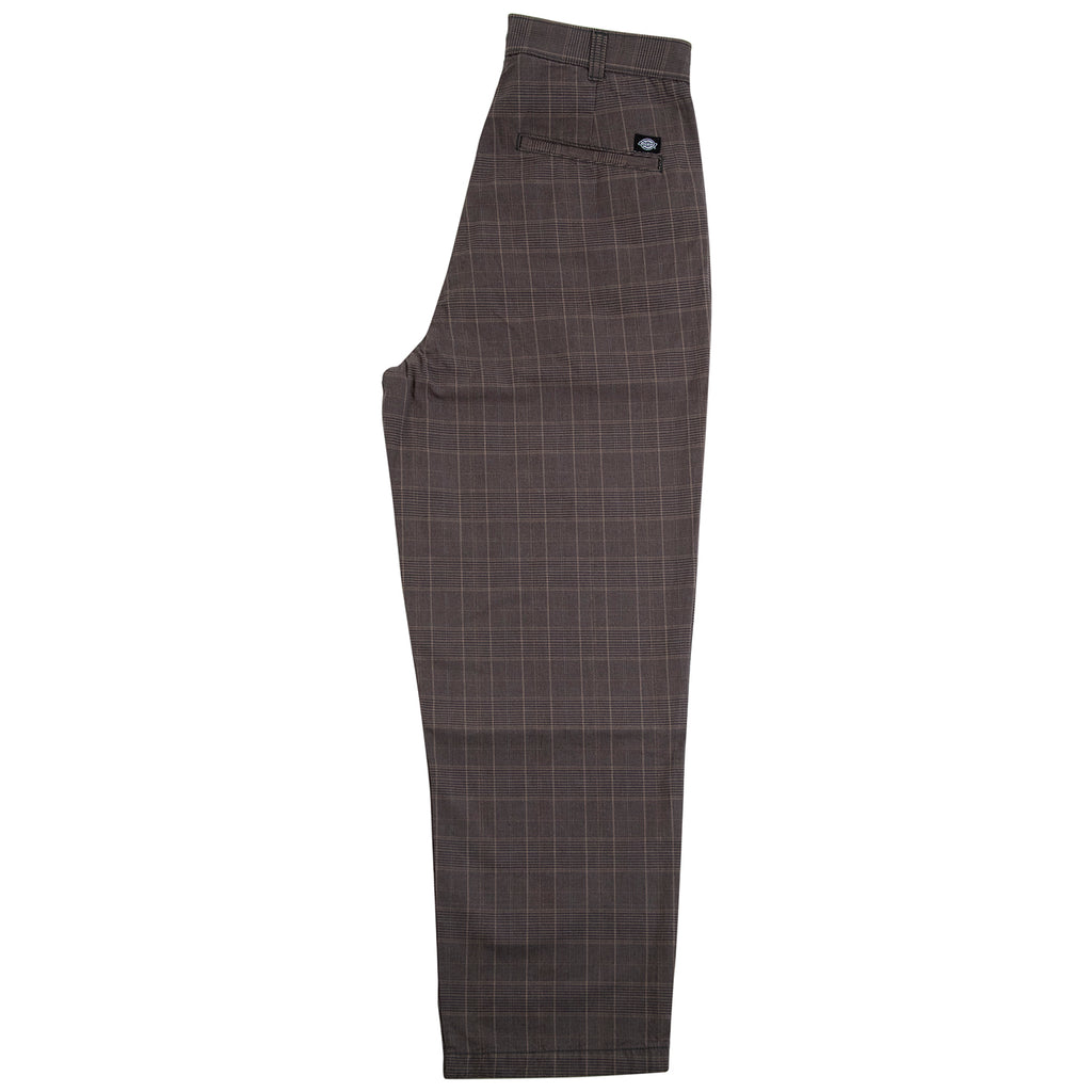 Dickies Artemus Trouser in Dark Brown - Leg