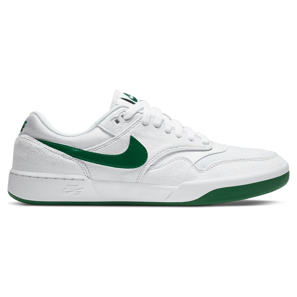 Nike SB GTS Return Premium Shoes in White / Pine Green - White