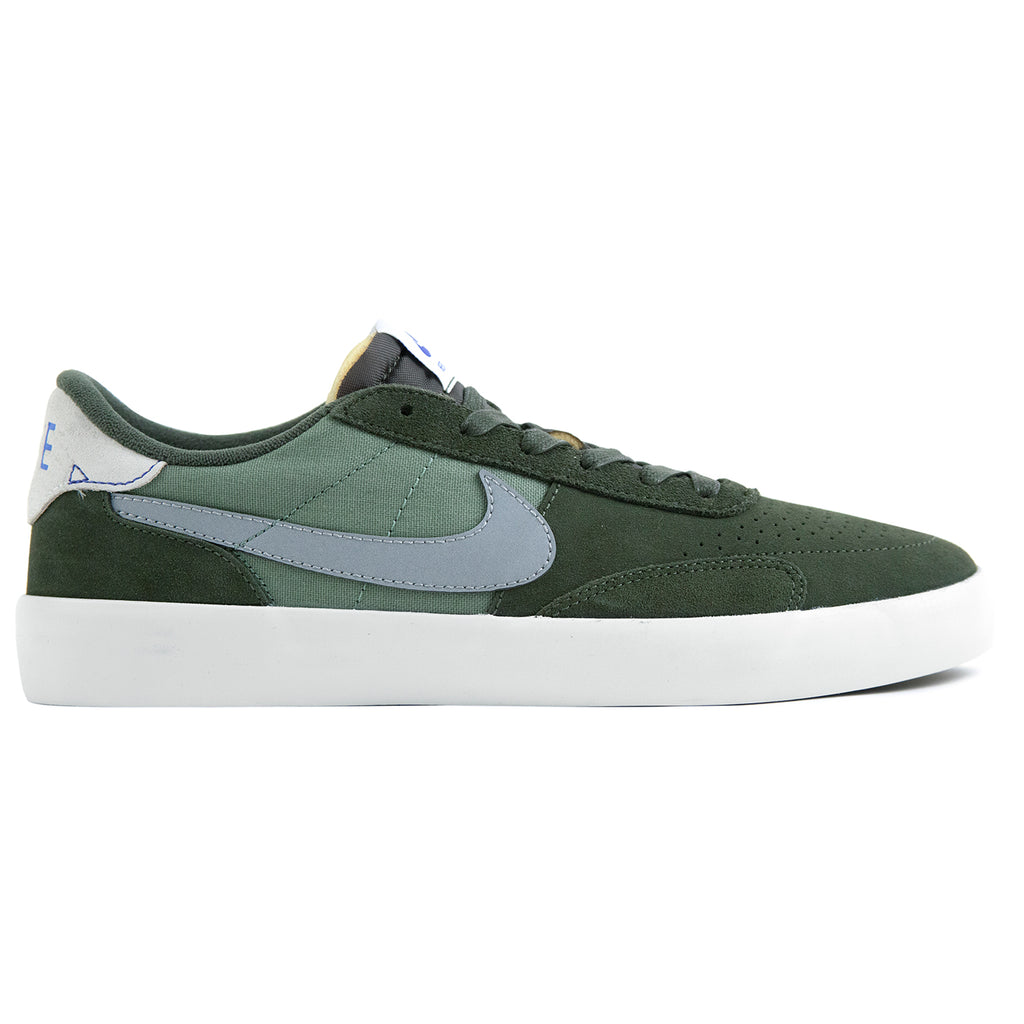 Nike SB Heritage Vulc Premium Shoes in Cargo Khaki / Medium Grey - Spiral Sage