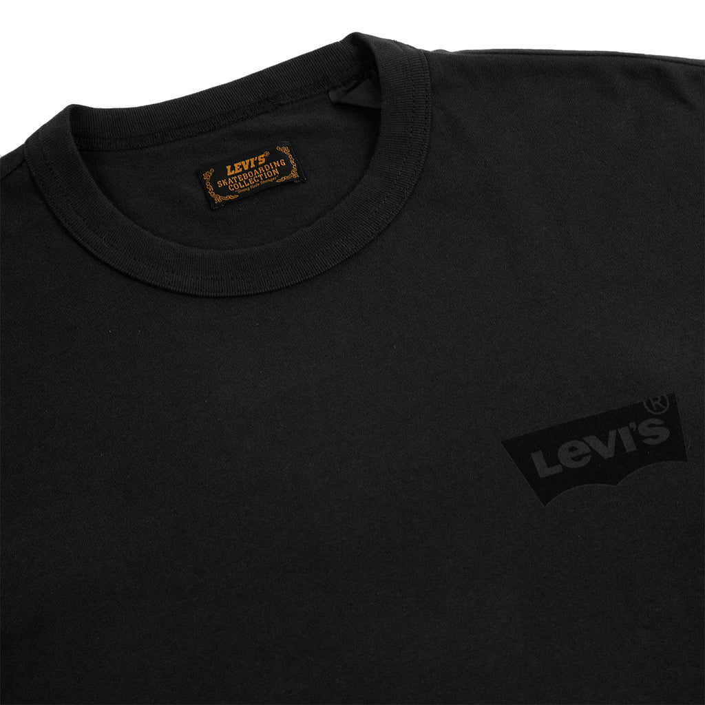 Levis Skateboarding L/S Graphic T Shirt in Core Black - Detail