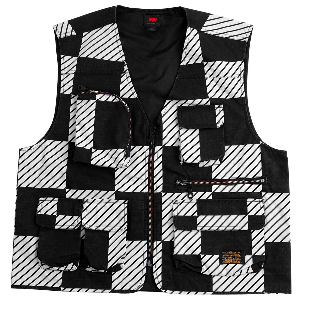 Levis Skateboarding Skate Utility Vest in Kelly Checkers Black