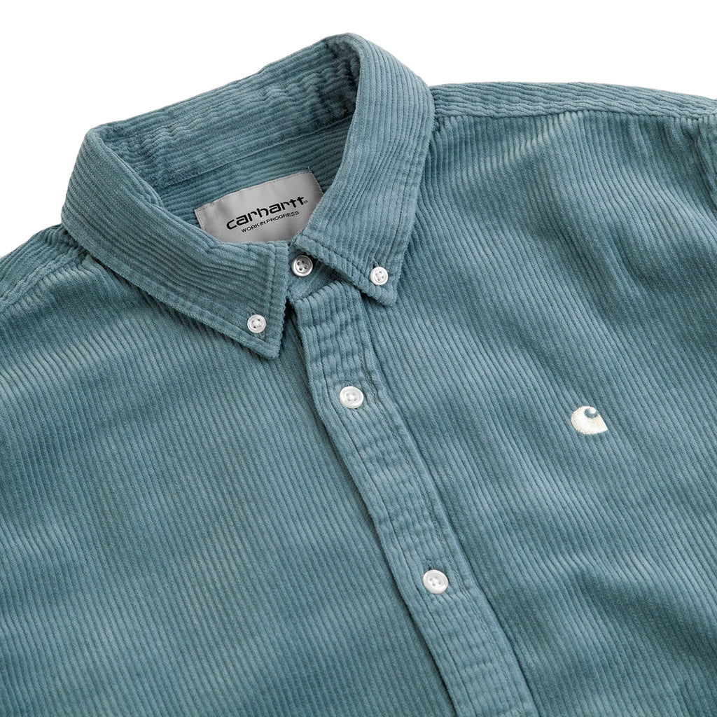 Carhartt L/S Madison Cord Shirt in Cloudy / Flour - Detail