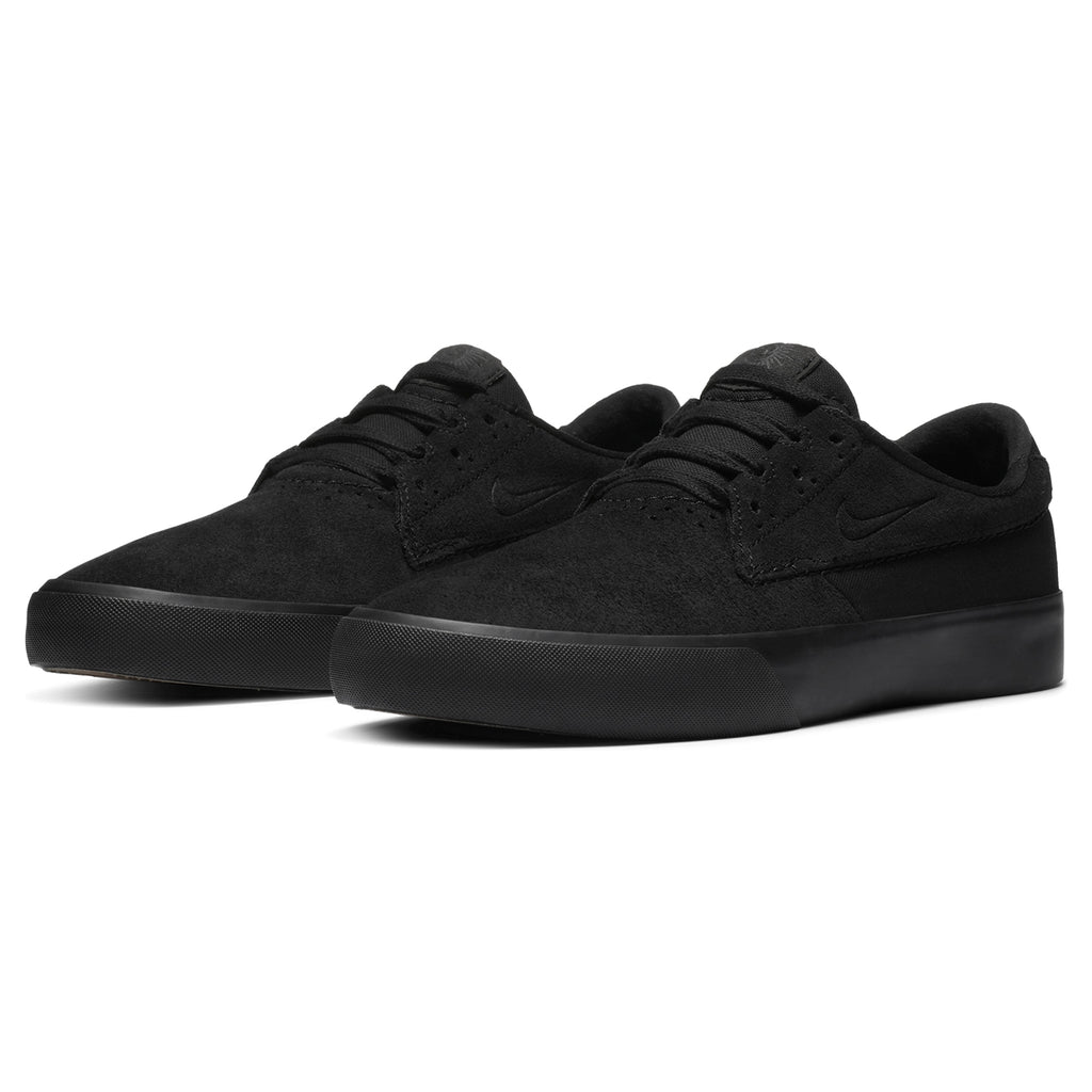 Nike SB Shane Shoes in Black / Black - Pair