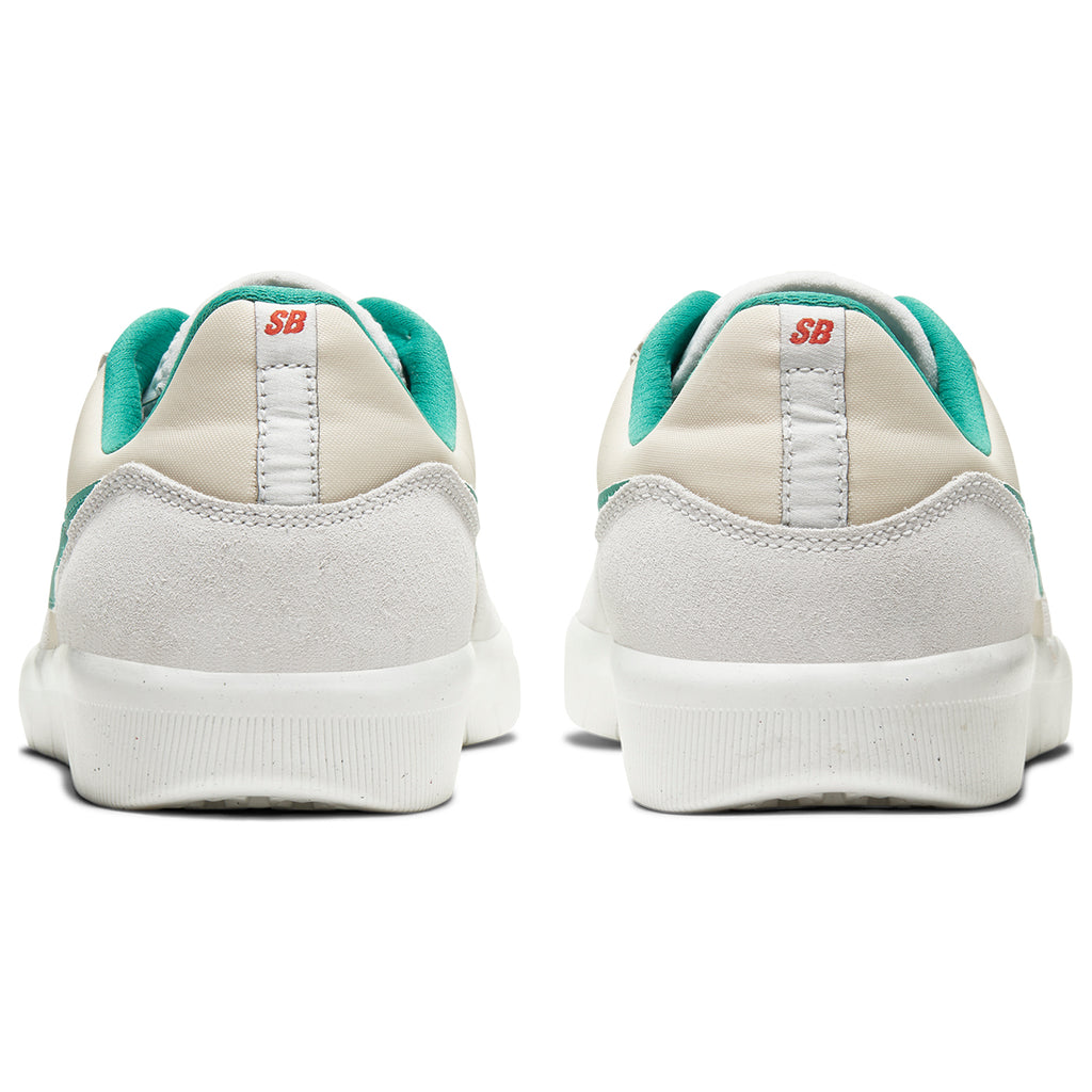 Nike SB Team Classic Shoes in Photon Dust / Neptune Green - Light Cream - Heel