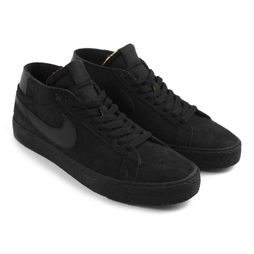 Nike SB Zoom Blazer Chukka Shoes in Black / Black - Pair