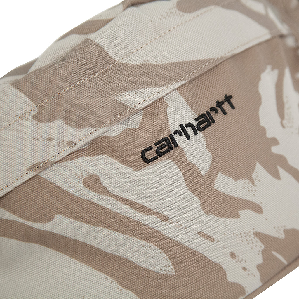 Carhartt Payton Hip Bag in Camo Brush Sandshell / Black - Detail
