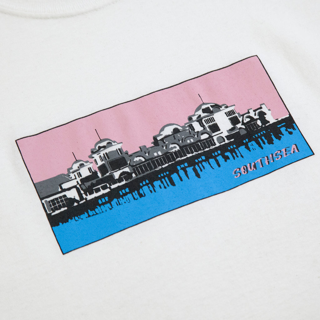 Signature Clothing Southsea Pier T Shirt in White - Print