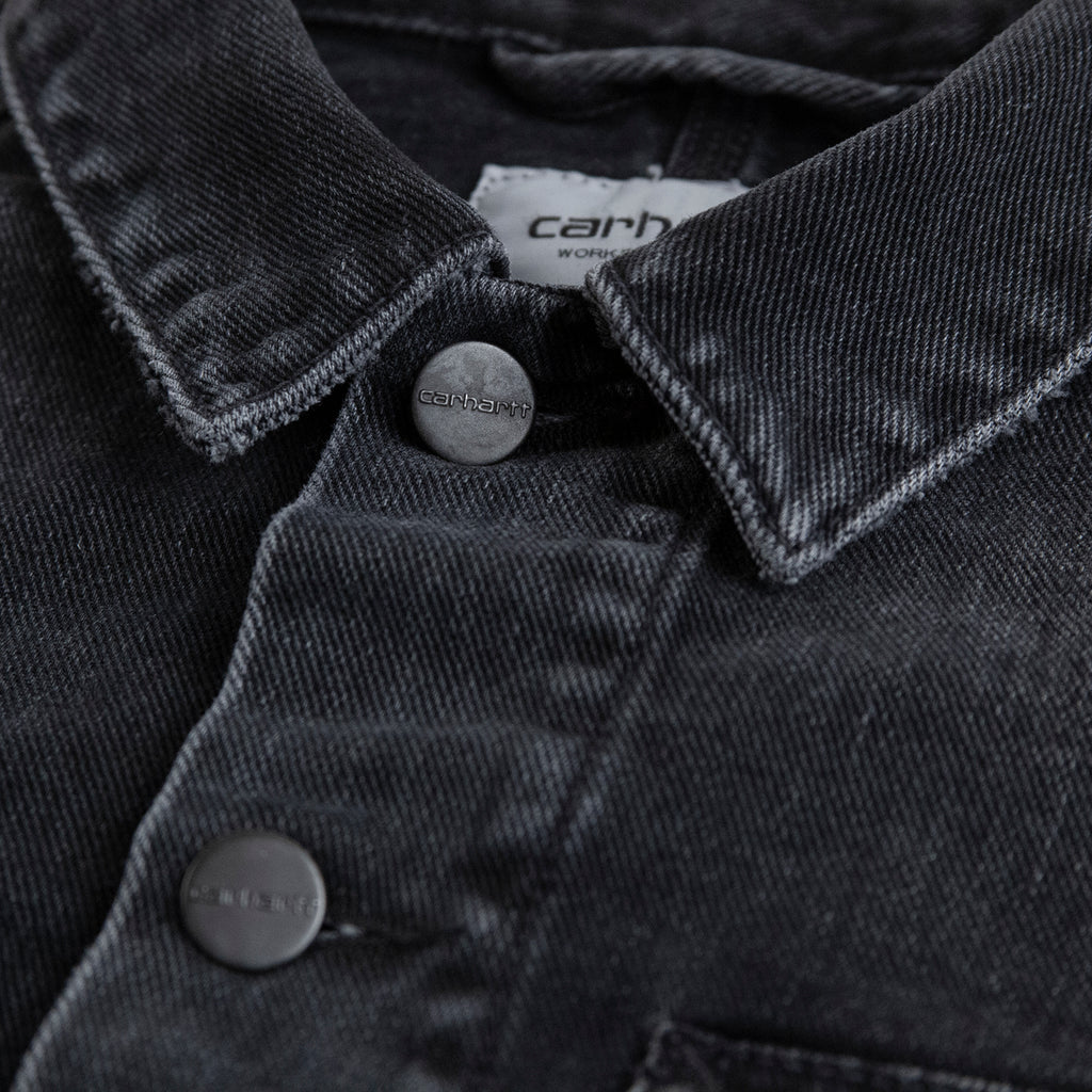 Carhartt WIP Stetson Jacket in Black Mid Worn Wash - Collar