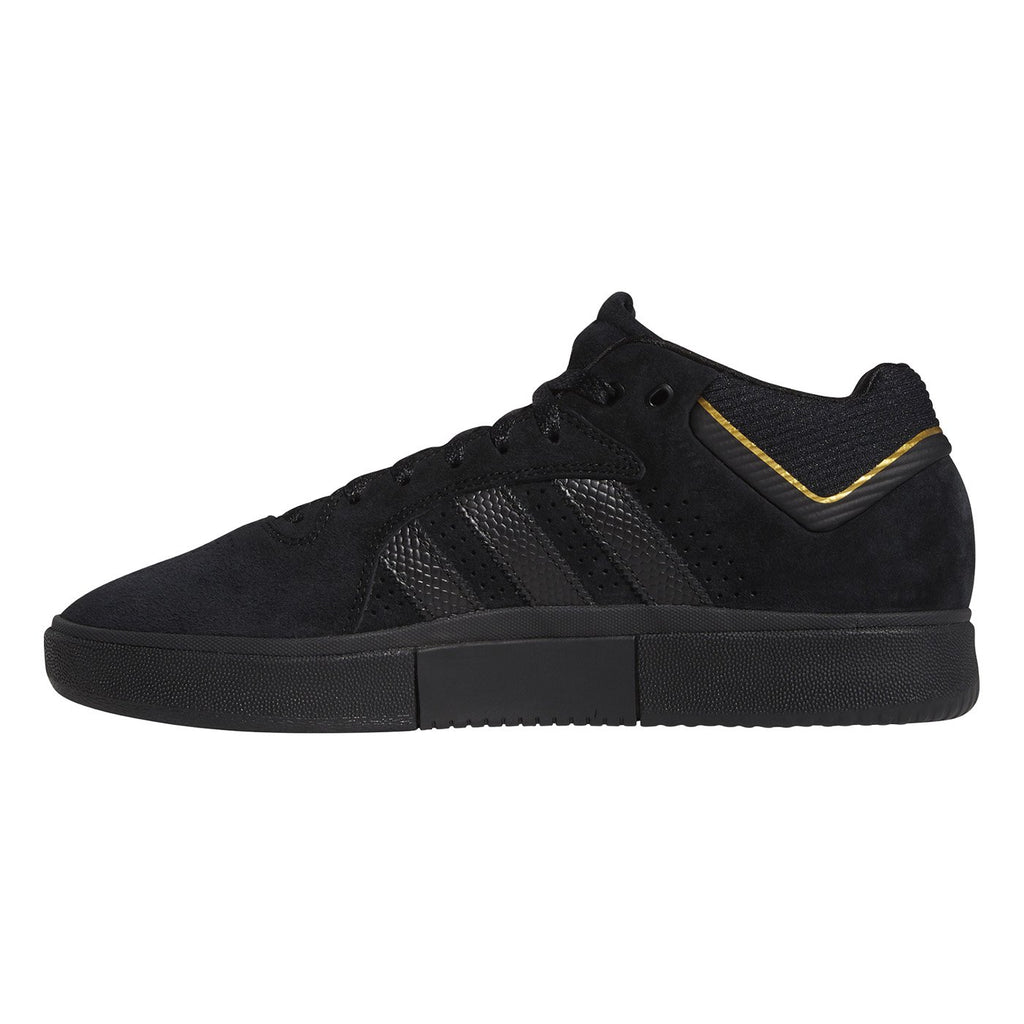 Adidas Skateboarding Tyshawn Shoes in Core Black / Core Black / Gold Metallic - Instep