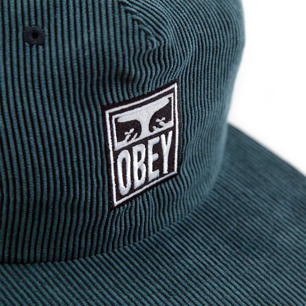 Obey Clothing Vanish Strapback Cap in Emerald - Embroidery