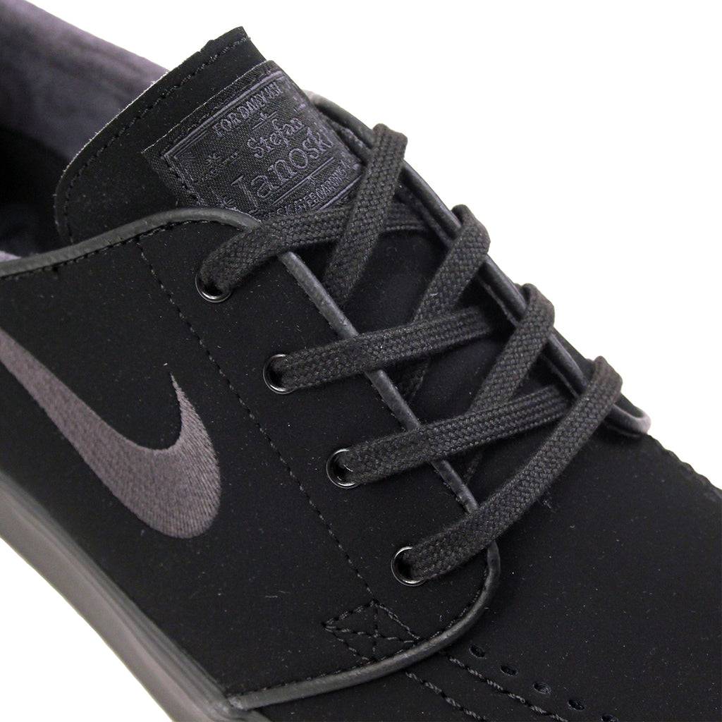 Nike SB Stefan Janoski Shoes in Black / Anthracite - Laces