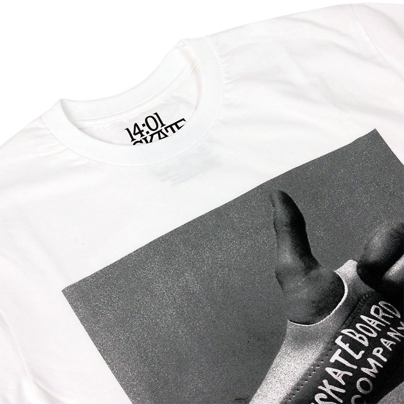 14:01 Skateboard Co Thumbs Up T Shirt in White - Detail