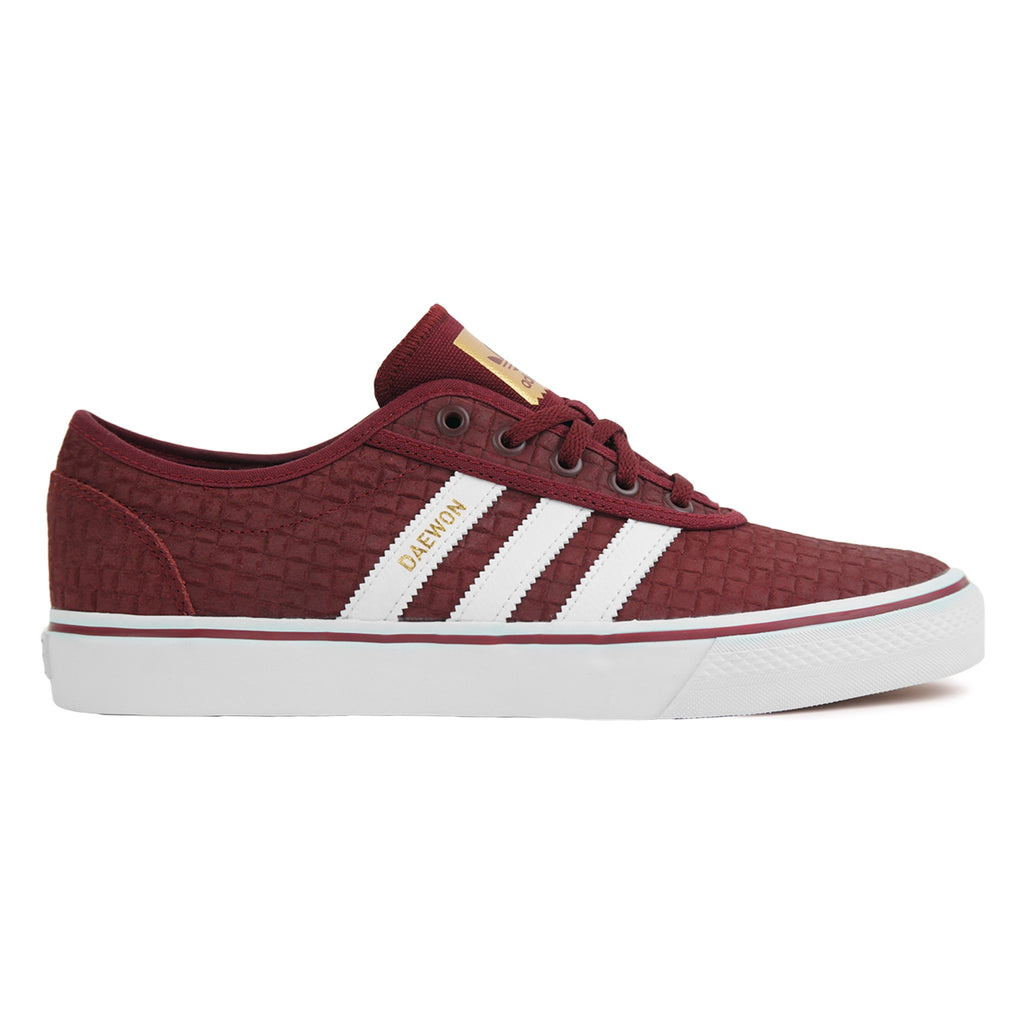Adidas Skateboarding 'Daewon' Adi Ease Shoes in Collegiate Burgundy / Footwear White / Gold Metallic